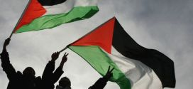 384156_Palestinian-flags-650x330