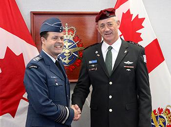 Canadian chief of staff Lawson and IDF chief of staff Gantz bid fond farewell