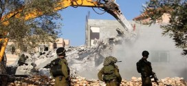 Israelis bulldoze Palestinian homes